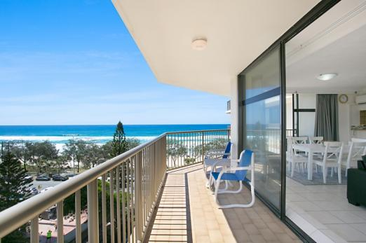 #7D The Imperial Surfers Paradise